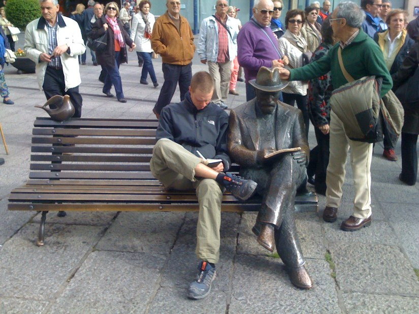 Yes, Famous Authors Quickly Becomes the Main Attraction Here in León