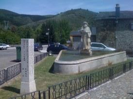 Nice Pilgrim Monument in Molinaseca