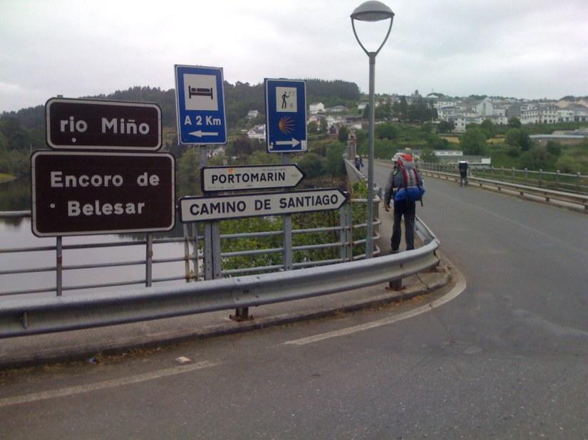 Entering Portomarín